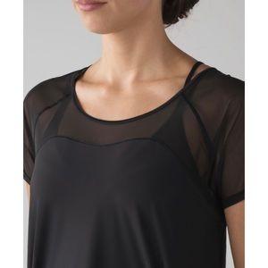 Lululemon Anew Short Sleeve Tee Size 6